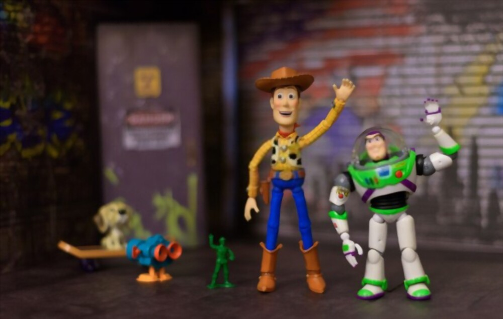 Pixar Claw Machine and the Real Disney Prizes to Win